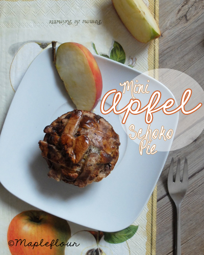 Delicious Mini Apple Chocolate Pies